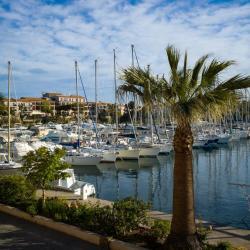 Le port de l'île de Embiez
